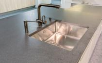 Küchenabdeckung Granit die arbeitsplatte ein zentrales element in der küche